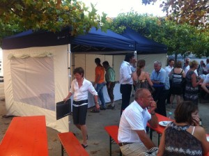 Faltzelt Compact Canopy Catering