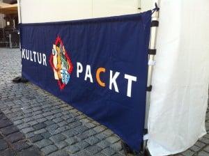 Faltpavillon mit Tresen als Banner