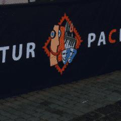 Banner im Faltzelt