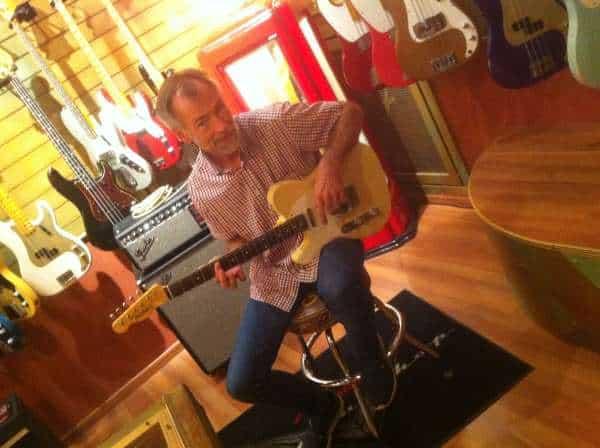 Faltzelt bedruckt an Fender